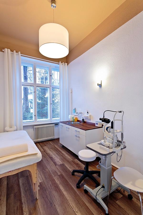 Praxis_Nolte_Augenheilkunde_Berlin_Behandlungsraum