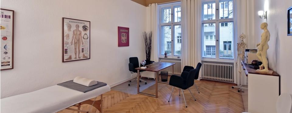 Praxis_Nolte_jingshen_makuladegeneration_glaukom_behandlungsraum_berlin